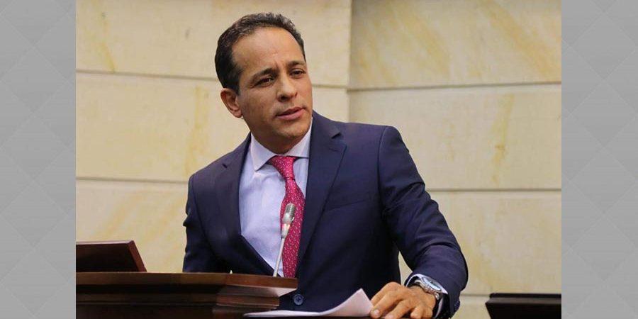 Senador Lopez solicitara a la corte penal internacional y a la comisión de acusaciones que investigue a los responsables del bombardeo